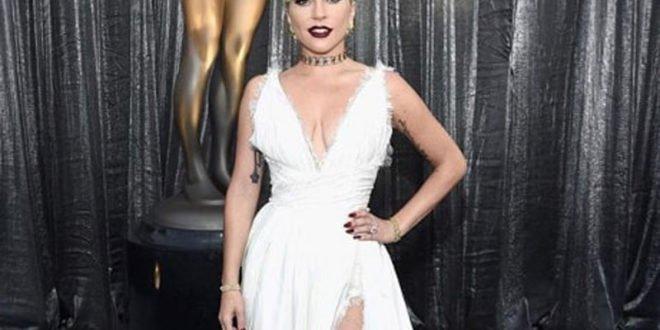 Θες να γυμνάσεις τους κοιλιακούς σου; Οι ασκήσεις της Lady Gaga για τέλειο αποτέλεσμα