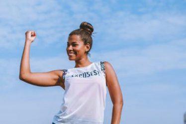 Έχεις χαλαρά μπράτσα; Να πώς θα χάσεις λίπος με αυτές τις ασκήσεις!