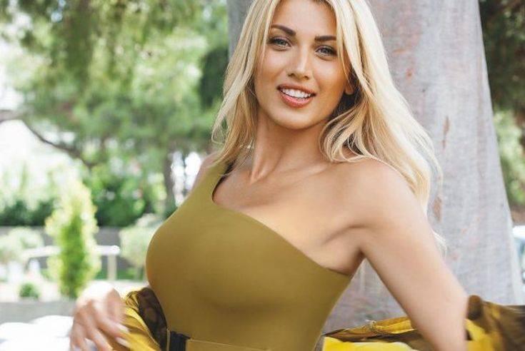 Η Κωνσταντίνα Σπυροπούλου έβαλε «φωτιά» στο Instagram – Newsbeast
