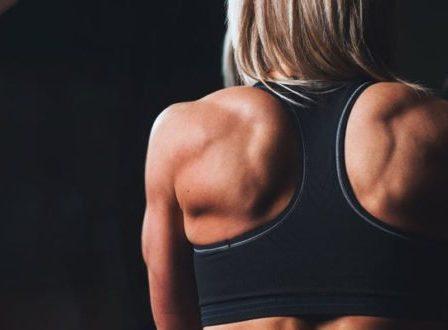 Πόνος στη μέση; Με αυτές τις ασκήσεις θα ανακουφιστείς σε λίγα δευτερόλεπτα!