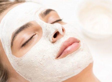 Beauty routine: Για ποιον λόγο είναι σημαντικό να περιποιούμαστε τον εαυτό μας μέσα στην καραντίνα; - BORO από την ΑΝΝΑ ΔΡΟΥΖΑ