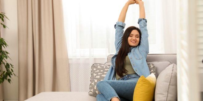 Γύμνασε τα χέρια σου από τον καναπέ ή το κρεβάτι σου (σε μόλις 10 λεπτά) - BORO από την ΑΝΝΑ ΔΡΟΥΖΑ
